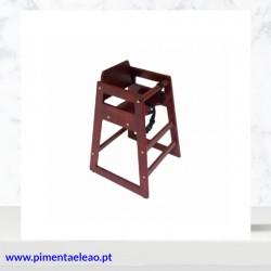 Cadeira de bebé em madeira